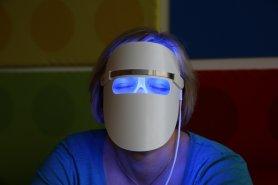 Masque facial - Technologie LED RÉGÉNÉRATION PHOTO pour la régénération et le rajeunissement de la peau