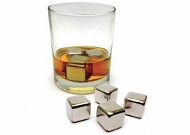 Elegant ice cubes made of stainless steel