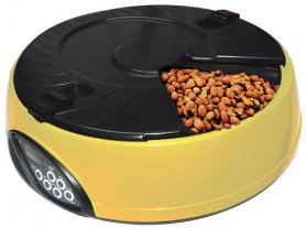 Automatic pet feeders
