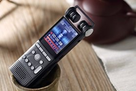 Professional voice recorder with 360° surround recording at extra long distances + 16GB memory
