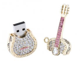 USB bijuterii cheie - chitara cu pietre