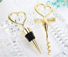 Gold decorative wine set - stopper and opener
