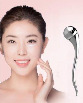 Masážní kulička na obličej a krk