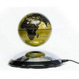 浮上する地球