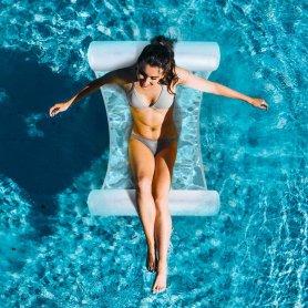 Inflatables - เปลญวนในสระว่ายน้ำ + เตียงอาบแดด