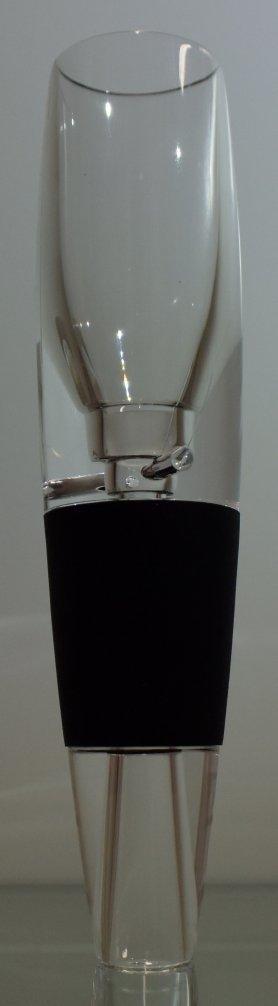 Mini decanter wine aerator