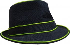 Illuminating hat - green
