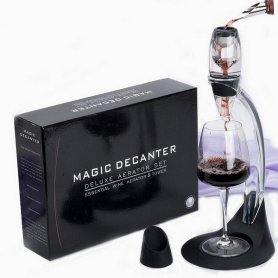 Wine decanter with a wider neck - SET MAGIC
