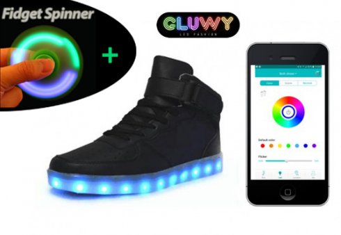 Shining shoes sneakers black - control via Bluetooth on mobile phone