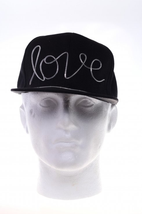 LED cap Love - White