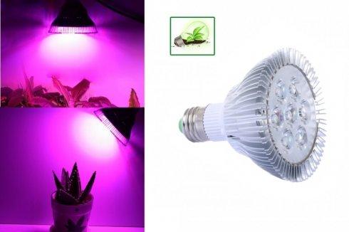 LED žiarovka na rastliny 21W (7x3W)