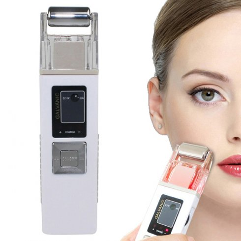 Ionic galvanic face cleaner with iontophoresis technology