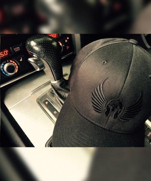 Gladiator Elegance - black cap