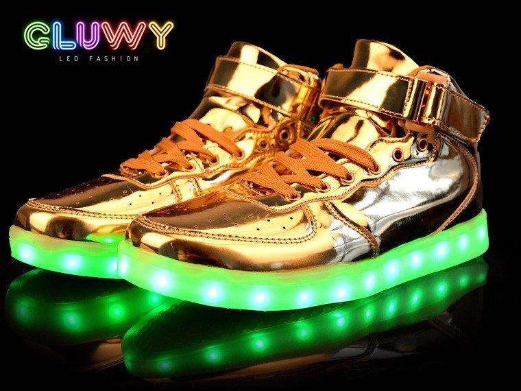 LED világító cipők Arany