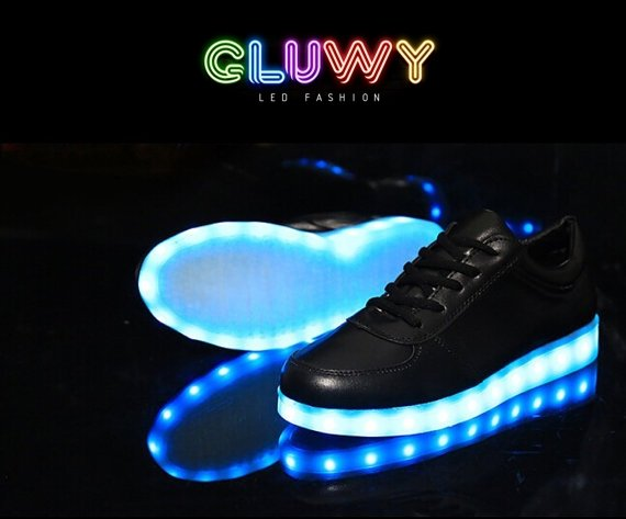 ec73b50ce76 LED tenisky černé - mobilní aplikace na změnu barev