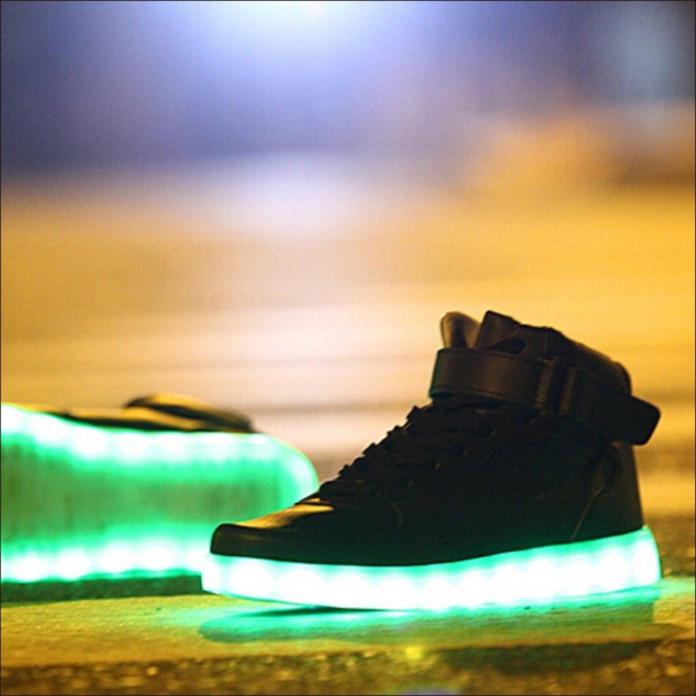 Svítící boty - Sneakers černé  9db1fc07a4